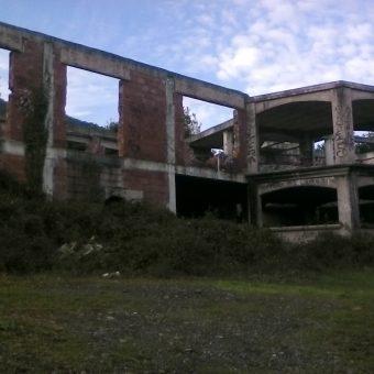 Terreno Urbano en Islares con estructura de vivienda individual